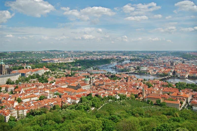 vitus του ST άνοιξη της Πράγας καθεδρικών ναών cesky τσεχική πόλης όψη δημοκρατιών krumlov μεσαιωνική παλαιά Hill Beroun στοκ εικόνες με δικαίωμα ελεύθερης χρήσης