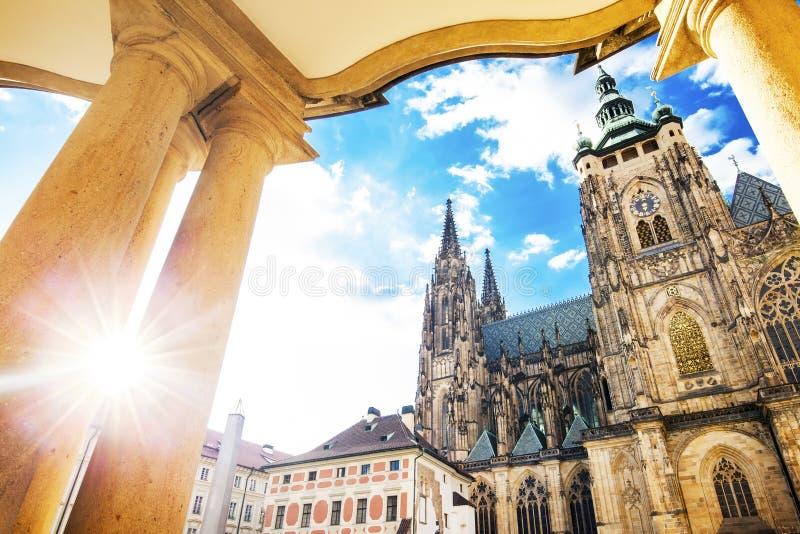 Vitus Cathedral in Praag, reisfoto stock afbeelding