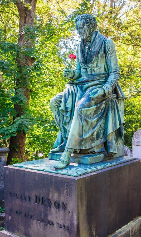 Vivant Denon, zabytek w cmentarnianym Pere Lachaise, Paryż zdjęcie royalty free