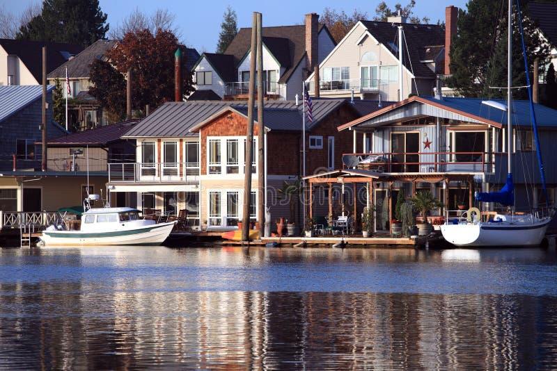 Vivant sur l'eau, Portland Orégon. photos libres de droits