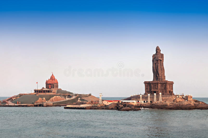 Vivekananda和Thiruvalluvar雕象 免版税库存图片