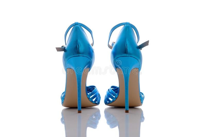 Vividly голубые сандалии стоковое изображение rf
