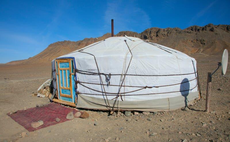 Vivienda tradicional de nómada mongol fotografía de archivo