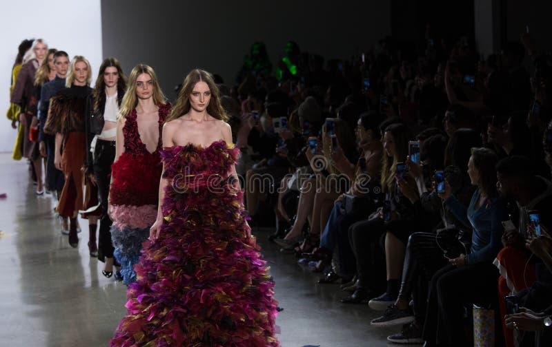 Vivienne Hu spadek, zimy kolekcja podczas Nowy Jork mody tygodnia/ zdjęcia stock