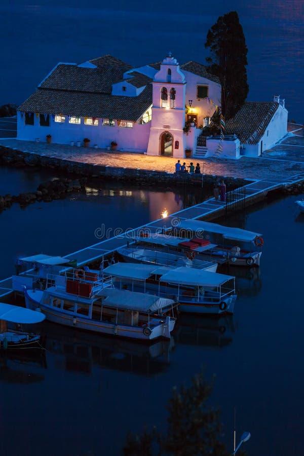 Vlacherna修道院,科孚岛晚上场面  库存图片