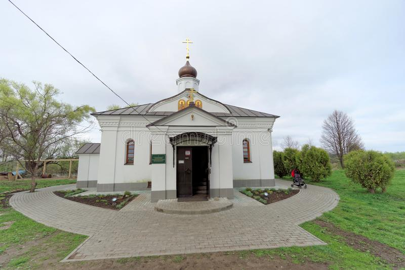 Vladimir region, Ryssland - Maj 06 2018 kyrktaga intercessionnerl arkivbild