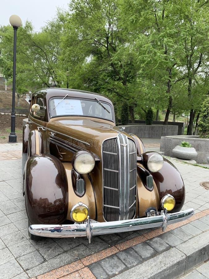 Vladivostok, Russie, mai, 18, 2019 Exposition des r?tro-voitures am?ricaines Dodge SIX de 1936 ans de fabrication Vladivostok, am photographie stock