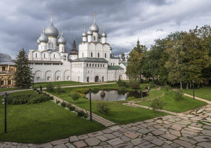 Vladyki gård av den Rostov Kreml arkivfoto