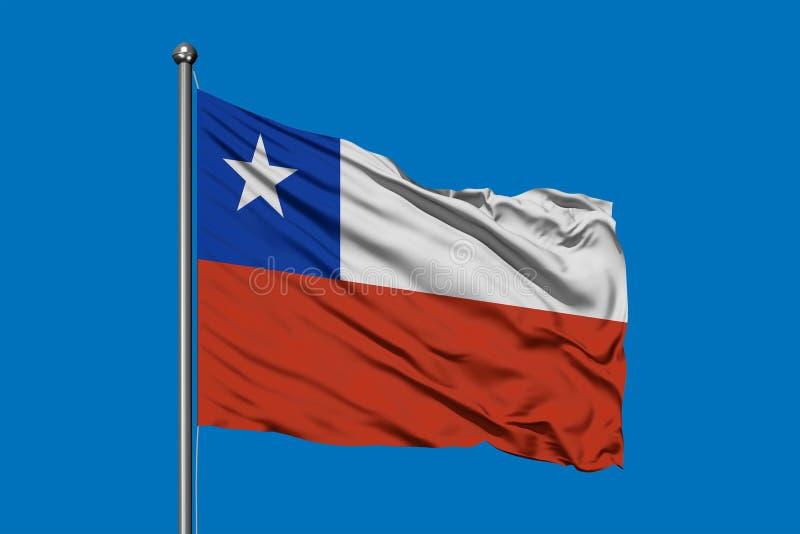 Vlag die van Chili in de wind tegen diepe blauwe hemel golven Chileense Vlag royalty-vrije illustratie