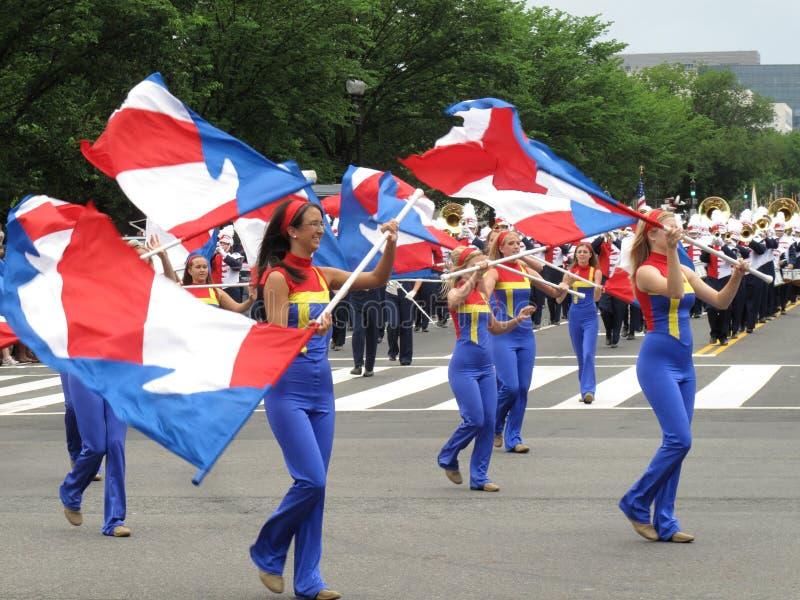 Vlag Twirlers bij de Parade royalty-vrije stock foto's