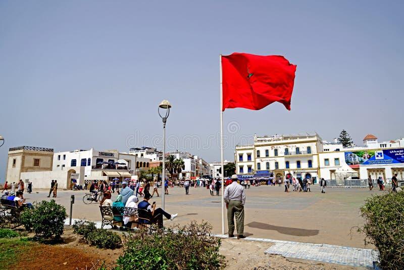 Vlag van Marokko op het vierkant van Essaouira stock foto's