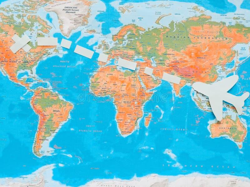 Vlaggen van alle naties van de wereld Groepering van diverse vlaggen van de wereld op wit Internationale Dag van Vrede royalty-vrije stock fotografie