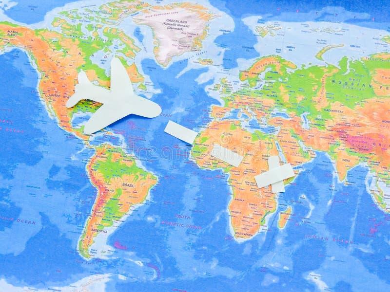 Vlaggen van alle naties van de wereld Groepering van diverse vlaggen van de wereld op wit Internationale Dag van Vrede royalty-vrije stock foto