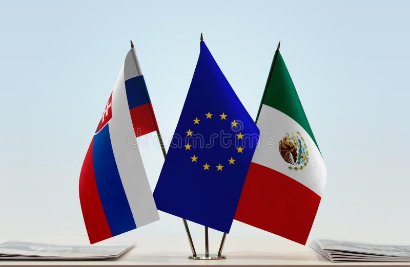 Vlaggen van de EU van Slowakije en Mexico royalty-vrije stock foto's