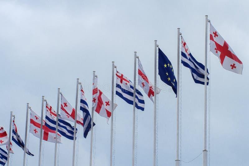 Vlaggen van Georgië en de Europese Unie royalty-vrije stock afbeeldingen