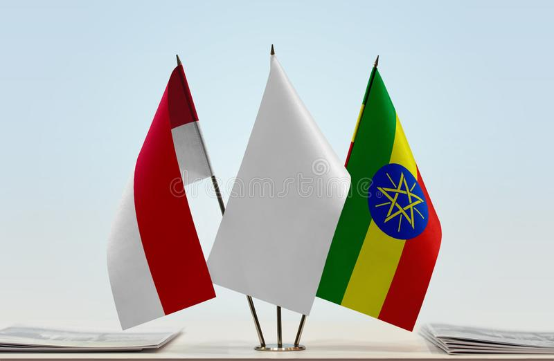 Vlaggen van Monaco en Ethiopië royalty-vrije stock fotografie
