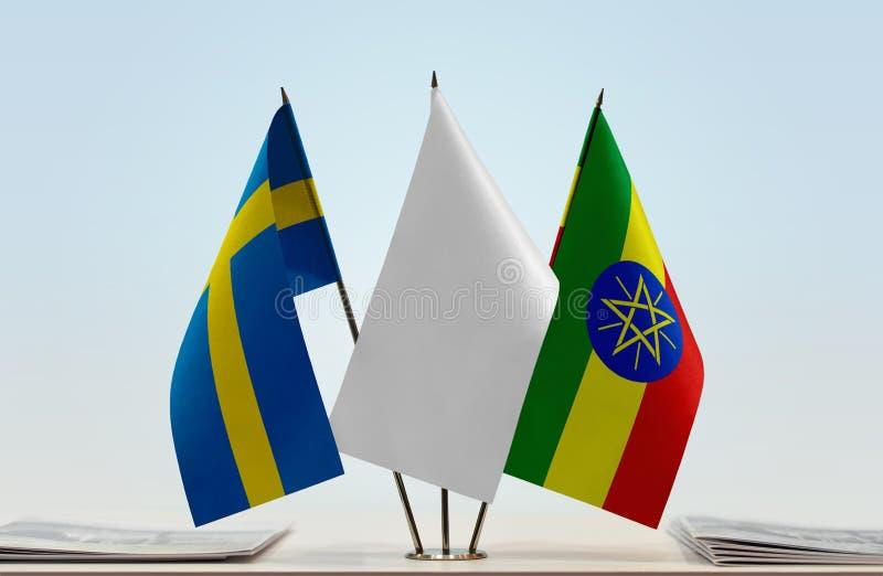 Vlaggen van Zweden en Ethiopië royalty-vrije stock fotografie