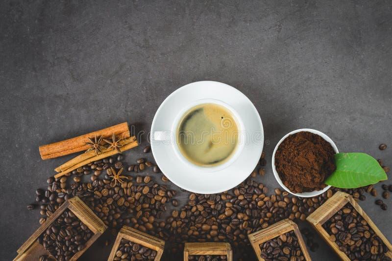 Vlak leg koffieboon stock afbeeldingen