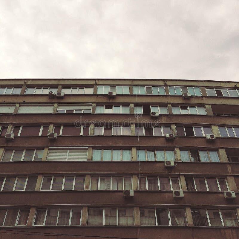 Vlakte in Boekarest stock afbeeldingen