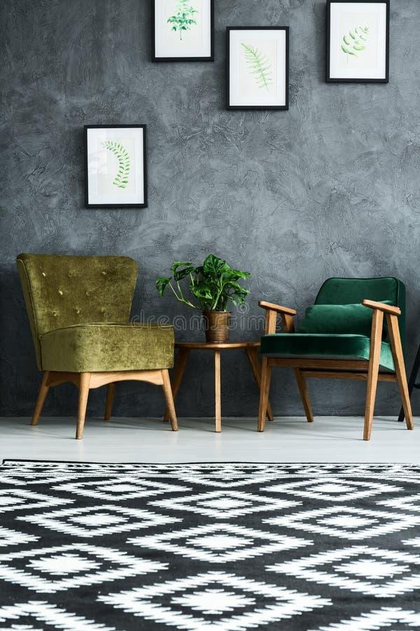 Vlakte met modern meubilair royalty-vrije stock afbeeldingen