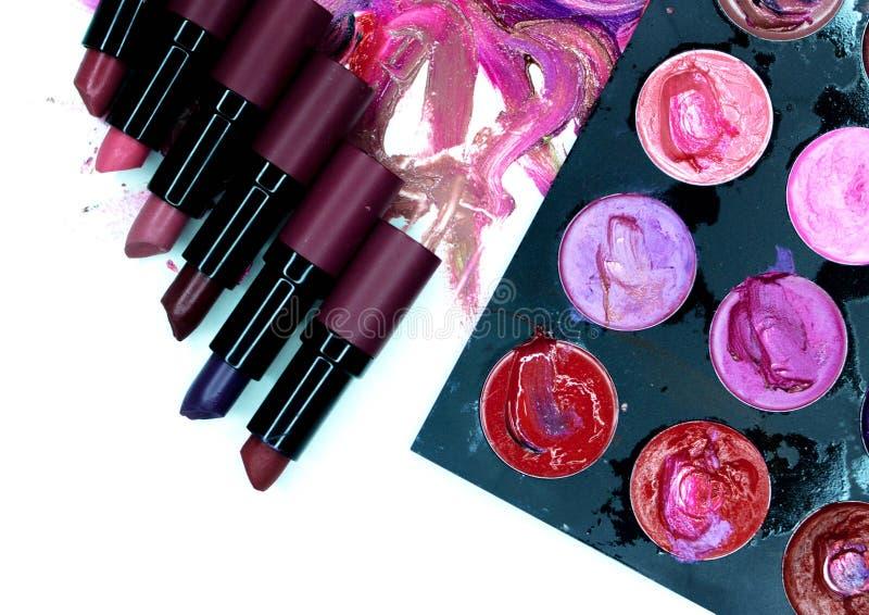Vlekken van lippenstift op wit stock foto's