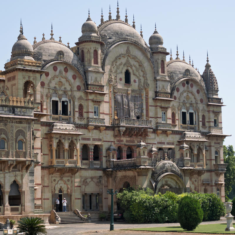 Vleugel van het Laxmi Vilas-paleis in Vadodara, India stock foto