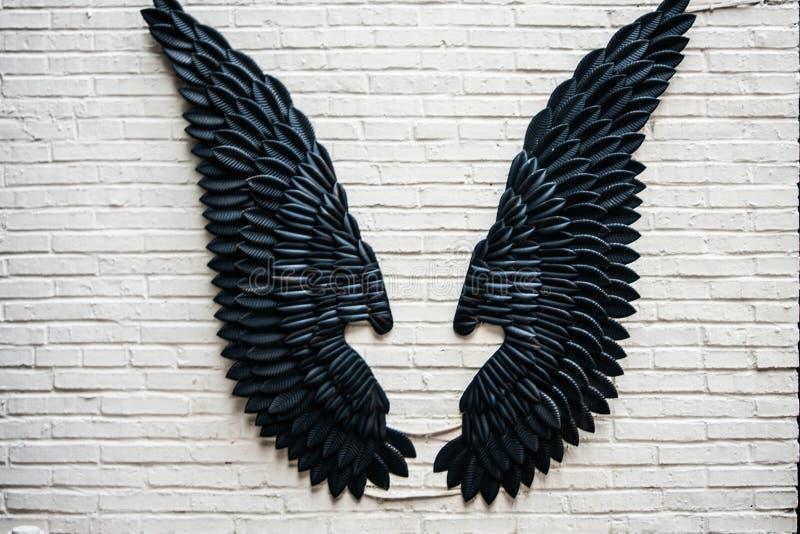 Vleugels op de muur royalty-vrije stock foto's
