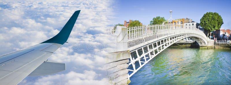 Vlieg aan Dublin - conceptenbeeld met een vliegtuigenvleugel en de beroemdste brug in geroepen Ierland stock illustratie