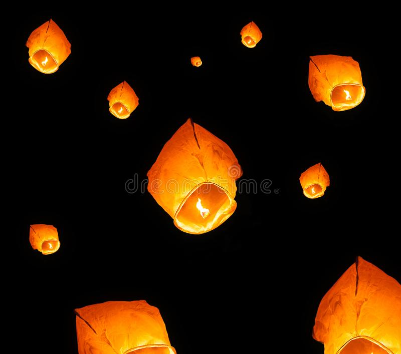 Vliegende document lantaarns royalty-vrije stock afbeeldingen
