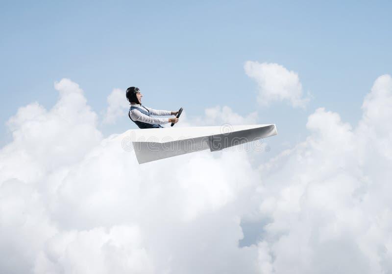 Vliegenier die pret in vliegtuigen hebben stock afbeelding