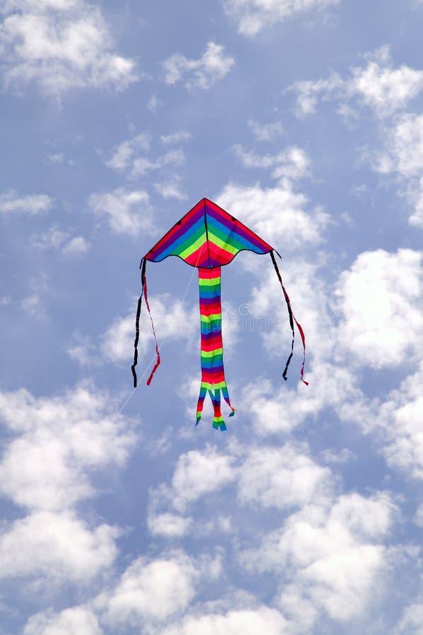 Vlieger in de hemel stock afbeelding