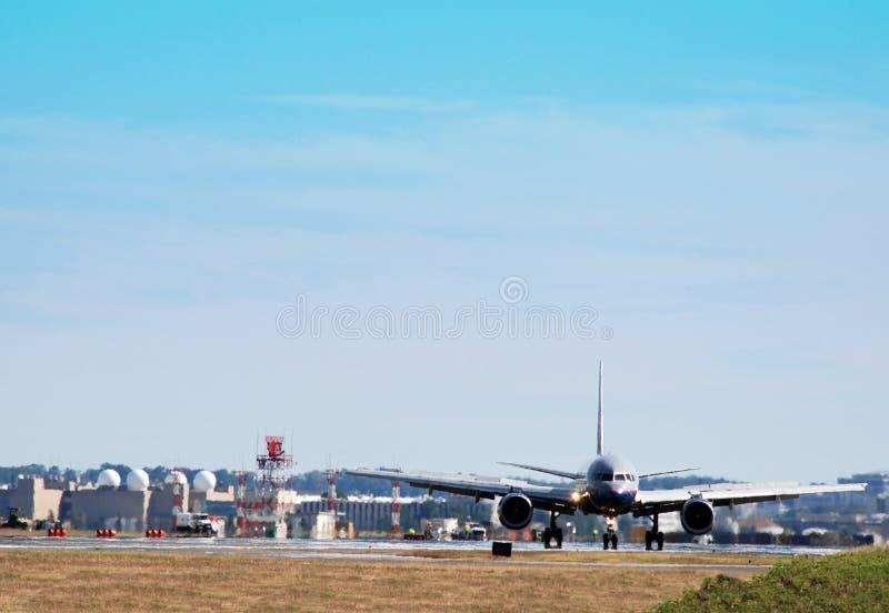 Vliegtuig dat voor Vertrek voorbereidingen treft