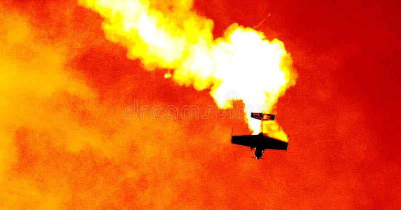 Vliegtuig in de rookwolk III royalty-vrije stock foto's