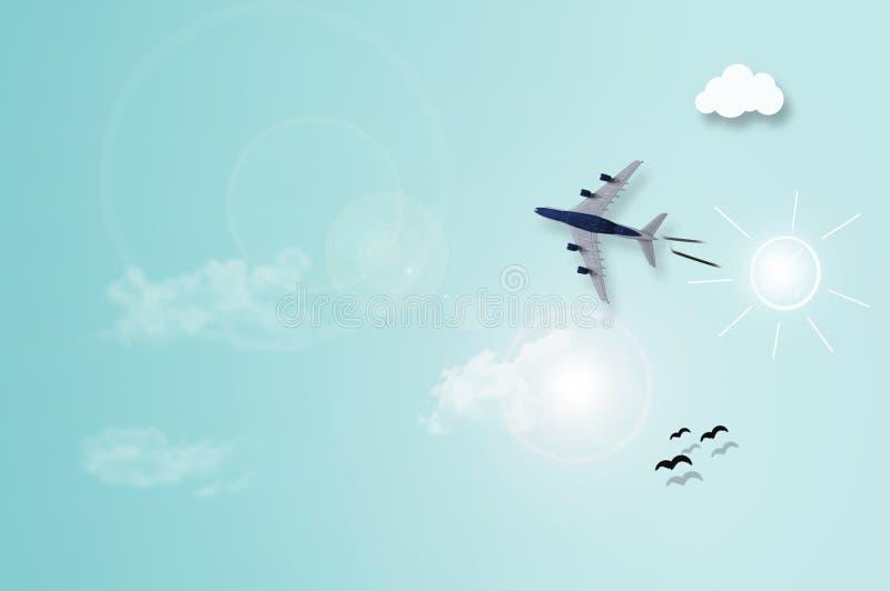 Vliegtuig die over hemelachtergrond vliegen royalty-vrije stock foto's