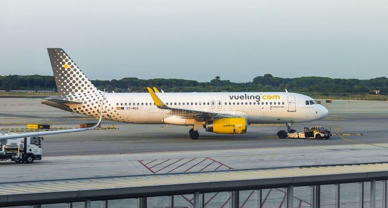 Vliegtuigen van Vueling Airlines stock foto's