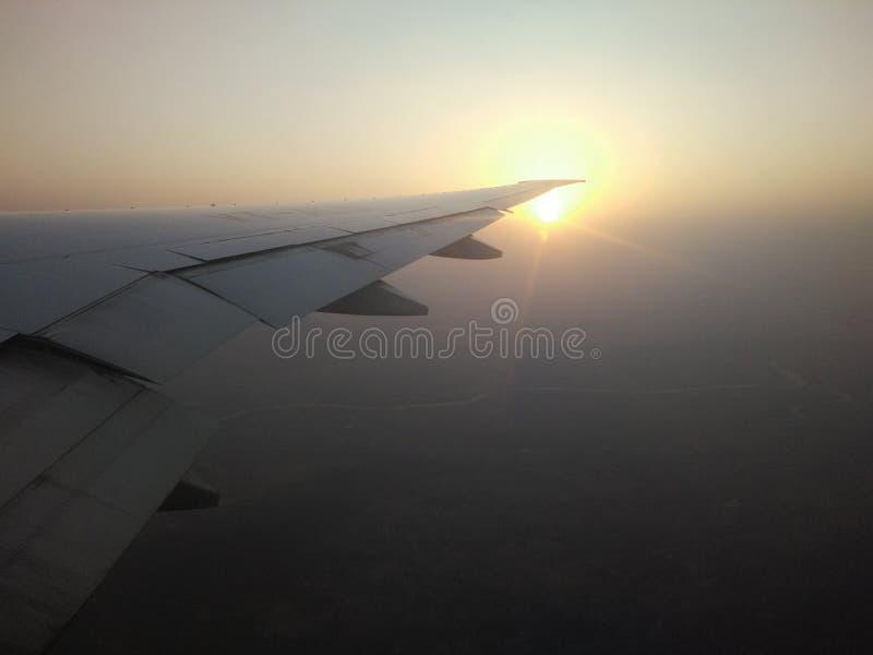 Vliegtuigmening van zonsondergang royalty-vrije stock afbeelding
