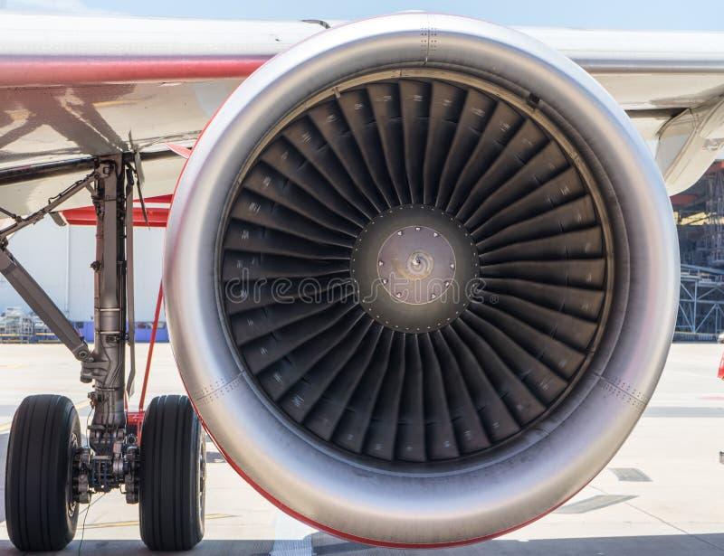 Vliegtuigturbine die danger1 in werking stellen stock foto's