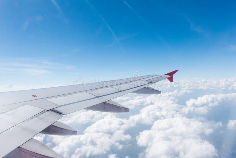 Vliegtuigvleugel stock afbeelding