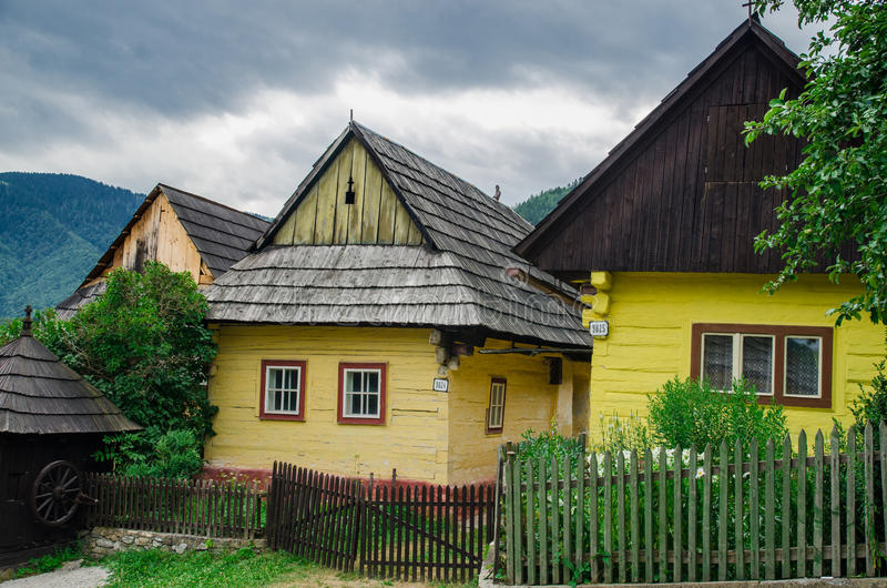 Vlkolinec -一个历史的村庄在斯洛伐克 免版税图库摄影