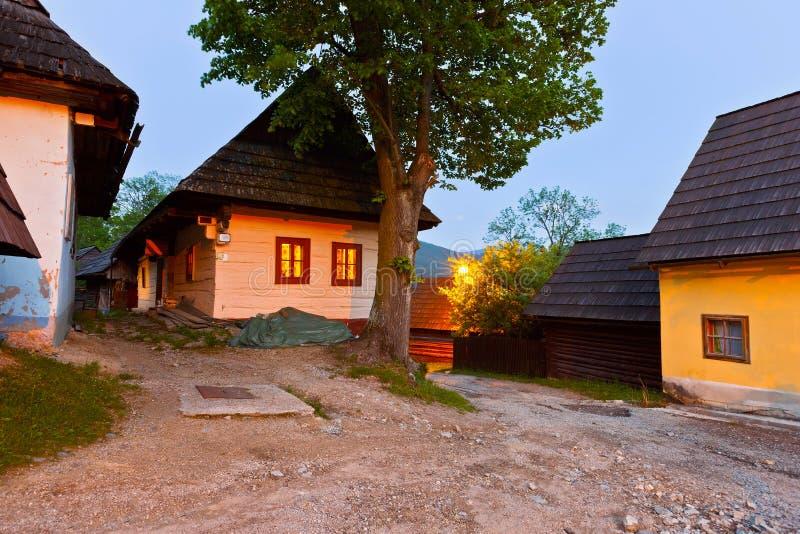 Download Vlkolinec 库存照片. 图片 包括有 农村, 日志, 传统, 有历史, 黄昏, 斯洛伐克, 街道 - 72356006