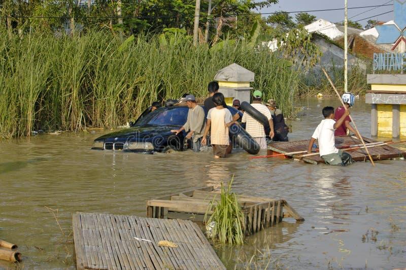 Vloed in Karawang stock afbeeldingen