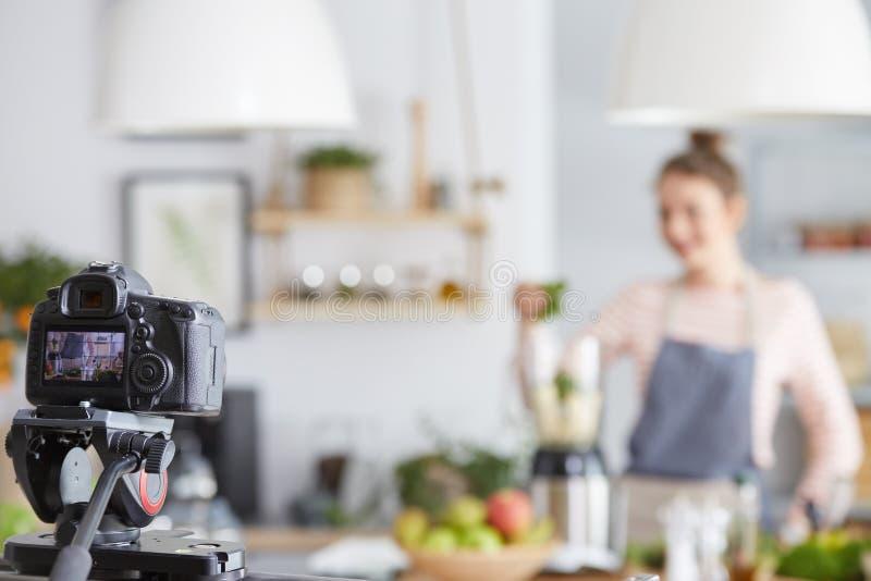 Vlog o zdrowym smoothie obraz royalty free
