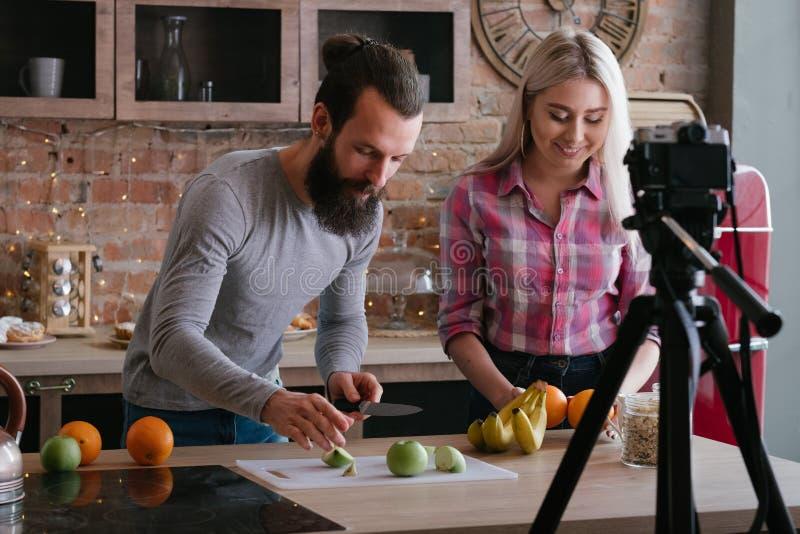 Vlog zdrowego odżywiania bloga pary karmowy wideo zdjęcie stock