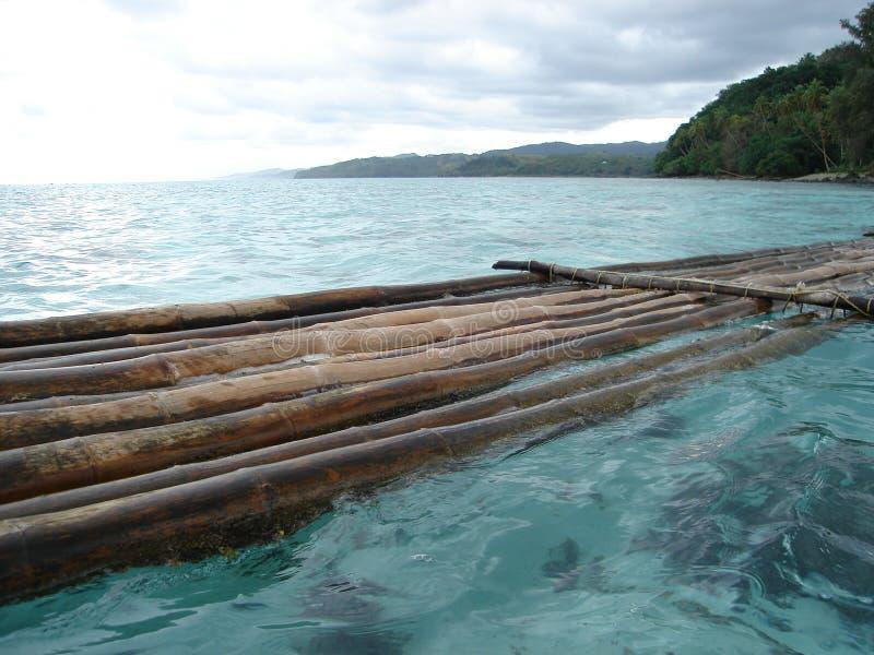 Vlot 2 van het Bamboe van Fiji stock afbeeldingen