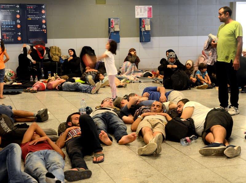 Vluchtelingen in Boedapest, Keleti-Station royalty-vrije stock afbeelding