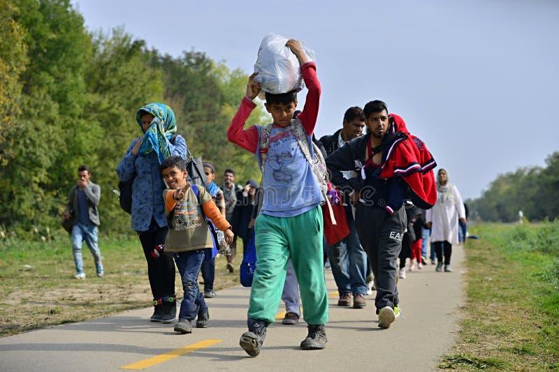 vluchtelingen die Hongarije verlaten royalty-vrije stock foto's