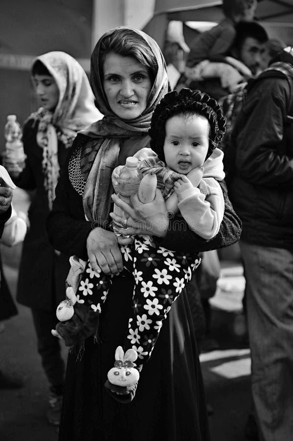 vluchtelingen die Hongarije verlaten stock foto