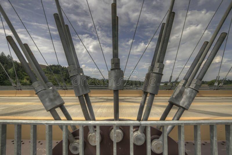 Voûte attachée par acier de passerelle image libre de droits