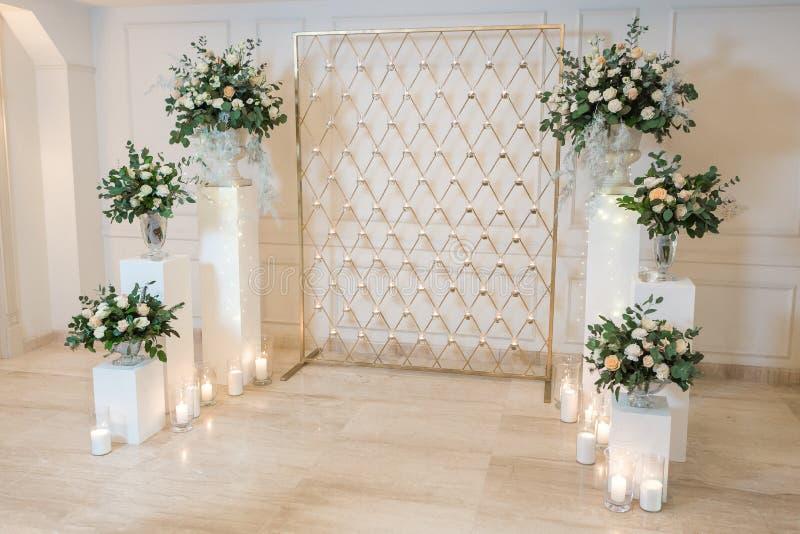 Voûte pour la cérémonie de mariage photos libres de droits
