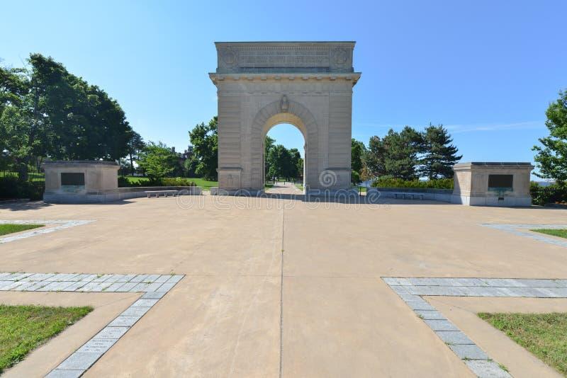 Voûte commémorative d'université militaire royale, Kingston, Ontario images stock